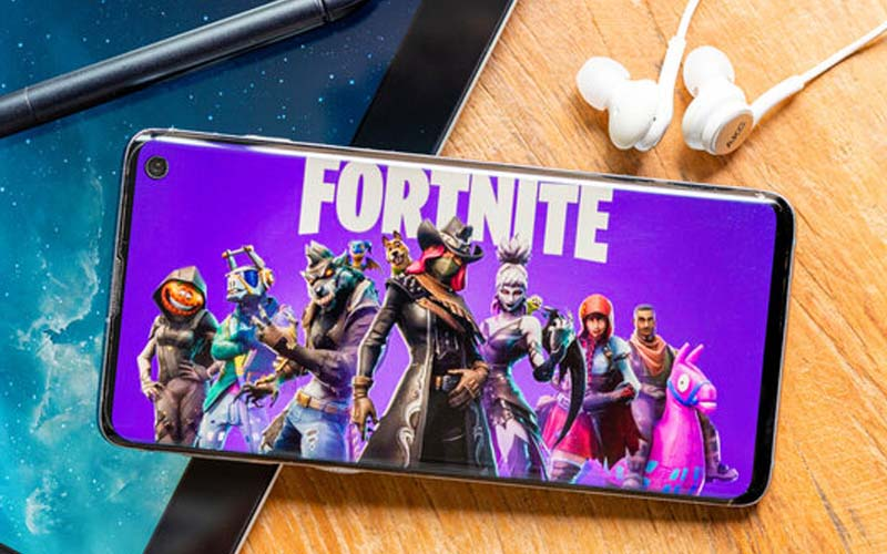 Why does Fortnite taking so long to update?