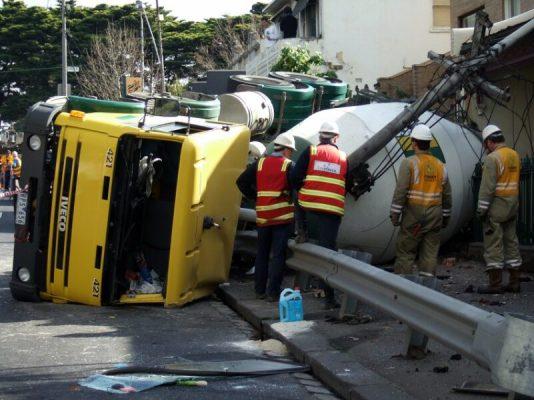 truck_crash_accident_attorney